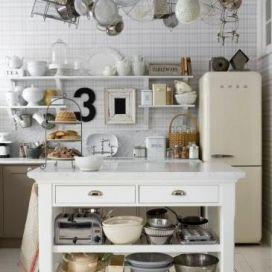 Ikea kuchynske nadobi